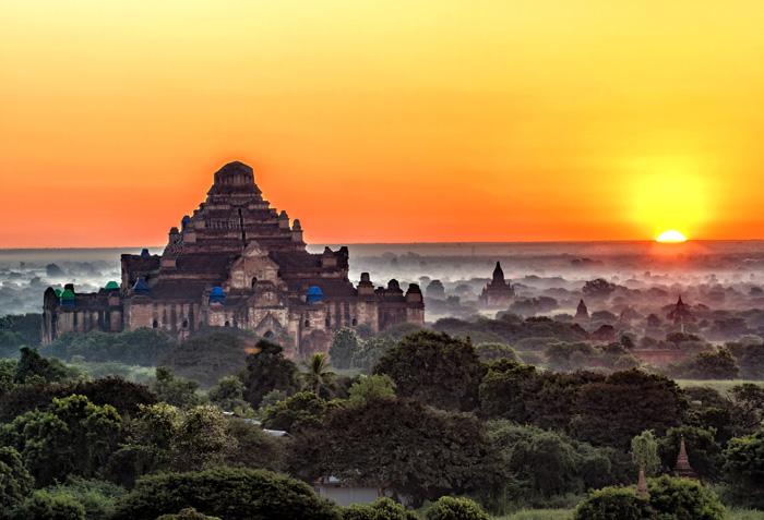 Sunset at Shwesandaw Pagoda myanmar